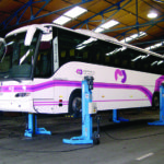 Coach lifted by SEFAC mobile columns